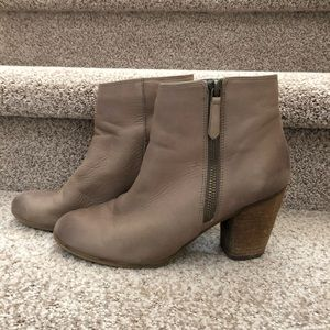 Taupe BP. Trolley Bootie